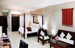 Jayakarta Suites Room